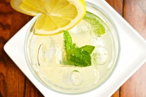 homemade-mint-lemonade-300x201