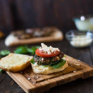 Spinach and Feta Burgers with Garlic Aioli