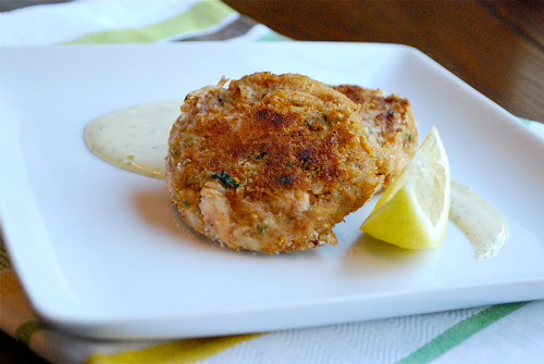 Best Crab Cakes With Lemon Dill Aioli