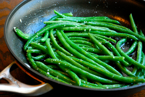 Garlic Parmesan Green Beans recipe by Lacey Baier, a sweet pea chef