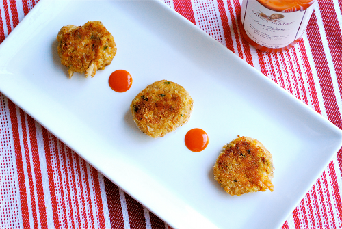 Recipe and images of Spicy Mini Crab Cakes by Lacey Stevens-Baier, a sweet pea chef