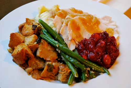 Homemade Turkey Gravy recipe and images by Lacey Baier, a sweet pea chef