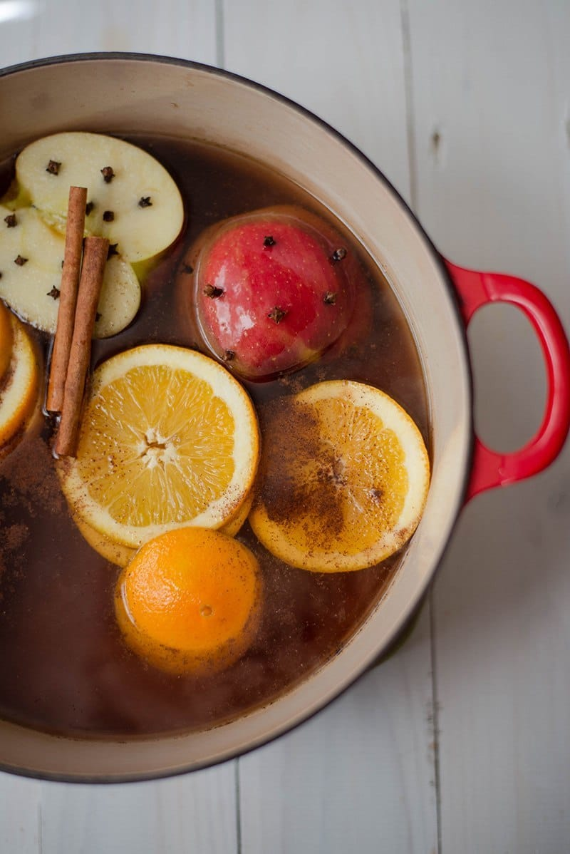 Easy Hot Apple Cider Recipe - Mulling