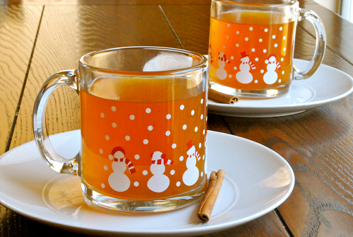 Hot Apple Cider recipe and images by Lacey Baier, a sweet pea chef