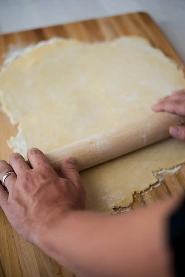 Pie Crust Recipe - Rolling The Dough