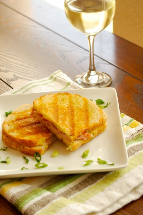 Incidentally, I paired this Ham and Gruyere Panini with a delicious, slightly sweet Orange Muscat wine from a local vineyard (Driftwood Estate Winery) though it would also be great with a Riesling.