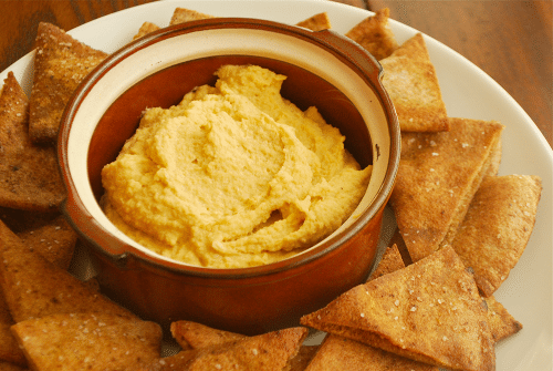 Hummus recipe and images by Lacey Baier, a sweet pea chef