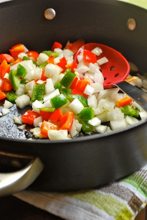 Huevos Rancheros recipe and images by Lacey Baier, a sweet pea chef