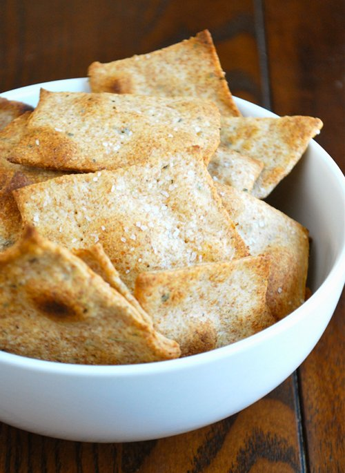 Olive Oil and Herb Crackers recipe by Lacey Baier, a sweet pea chef