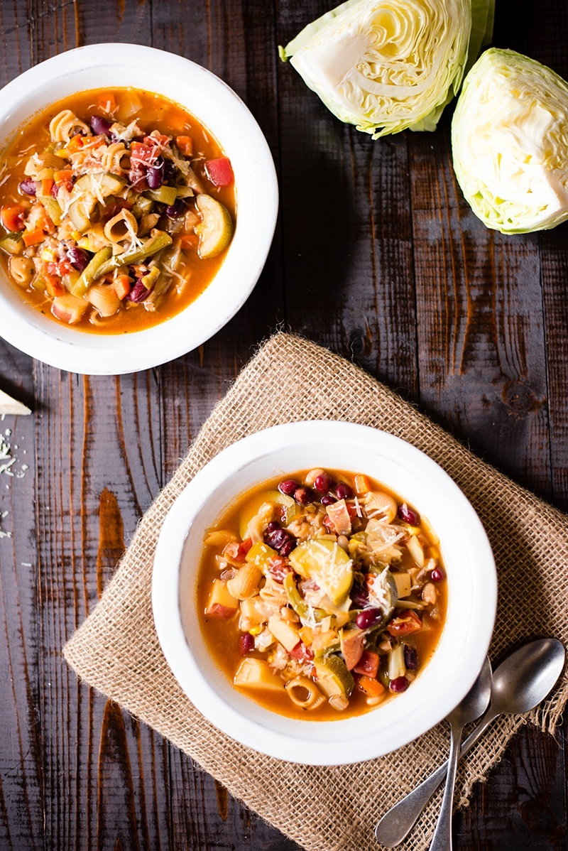 Minestrone | Full of hearty vegetables, this vegetarian soup is a hearty winner! www.asweetpeachef.com