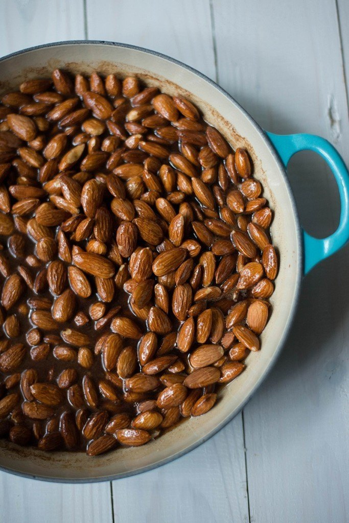 5-Minute Maple Coated Almonds