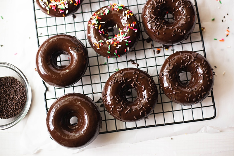 Chocolate Doughnuts | Delicious baked chocolate doughnuts with a chocolate glaze. www.asweetpeachef.com