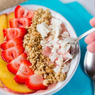 Strawberry And Peach Smoothie Bowl Recipe + How To Make A Smoothie Bowl! | A Sweet Pea Chef