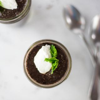 Dark Chocolate Mint Chia Pudding | Dark chocolate plus mint combine for so much rich goodness in this easy chia pudding recipe. | A Sweet Pea Chef