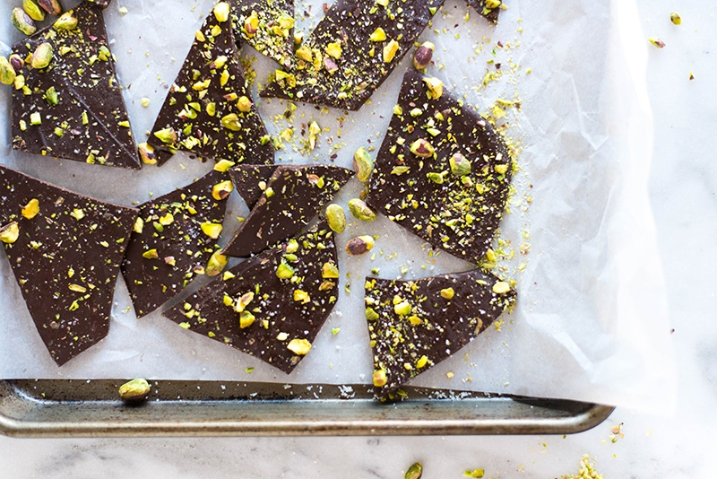 3 Ingredient Pistachio Dark Chocolate Bark | Save your $$$ on those high end dark chocolate bars and make your own at home for way cheaper! | A Sweet Pea Chef