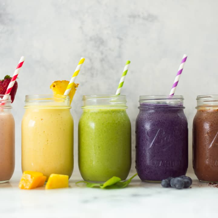 5 High Protein Fruit Smoothie Recipes For Weight Loss (5 Ingredients or Less!)