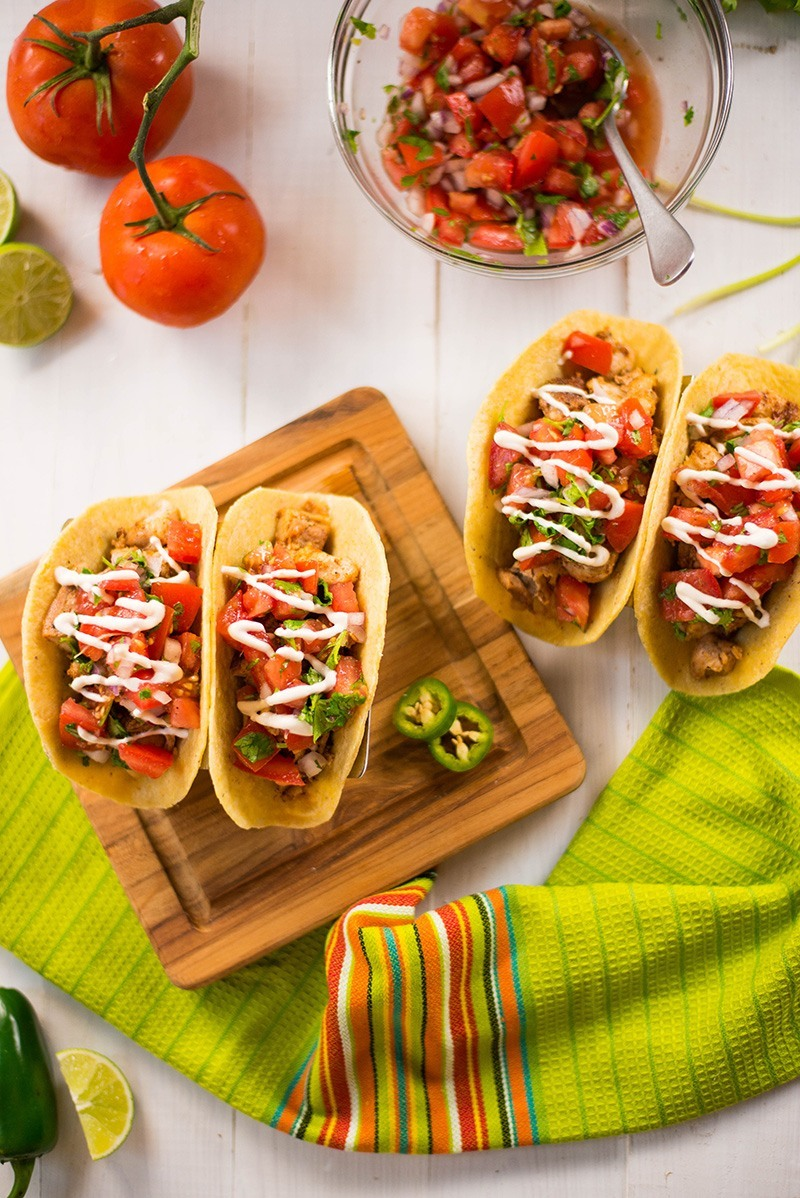 35 Easy Weeknight Dinners - Chicken Tacos recipe