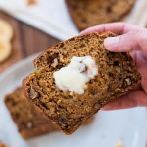 How to Make Healthy Banana Nut Bread (Without Added Sugar!)