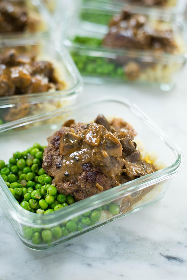 Healthy Salisbury Steak Recipe | Salisbury steak with mushroom gravy, a recipe for a delicious and healthy weeknight dinner | A Sweet Pea Chef