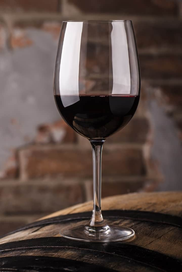Can wine be part of a healthy lifestyle? Is wine fattening? I answer these questions and more to give you a primer on wine drinking. Learn the good and the bad when it comes to wine!